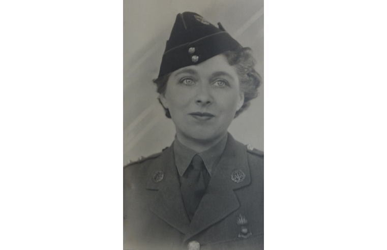 Pat Corbin in her army days.