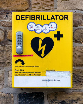 People are reluctant to use public access defibrillators to treat cardiac arrests, according to a study led by the University of Warwick.