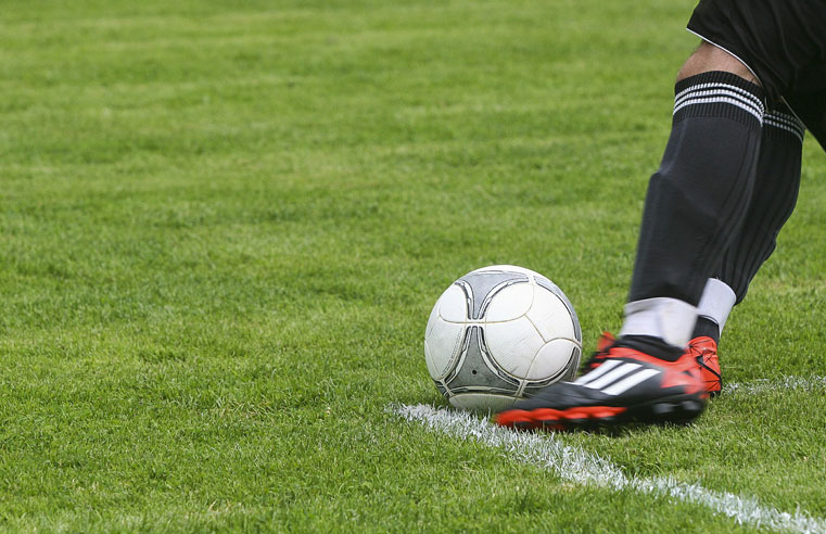 Football Heading Ban Welcomed