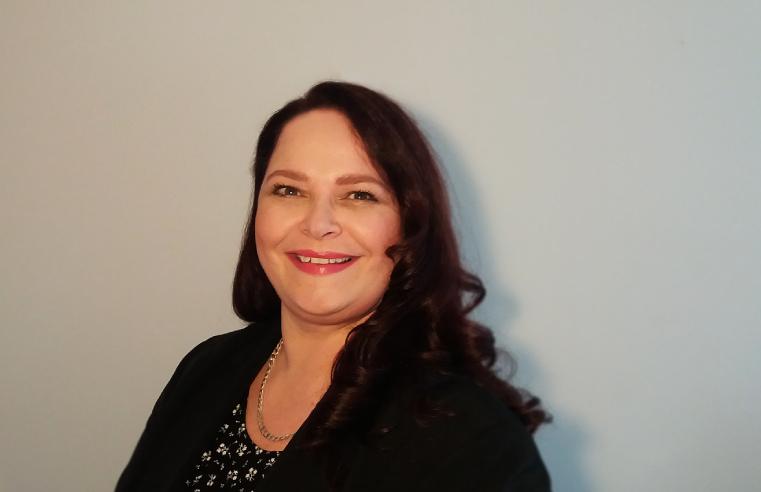 Dr Erica de Lange